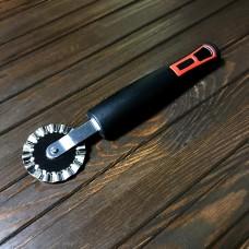 Ніж для піцци Kitchen Tools RK2100 / хвилястий ролик / мал.